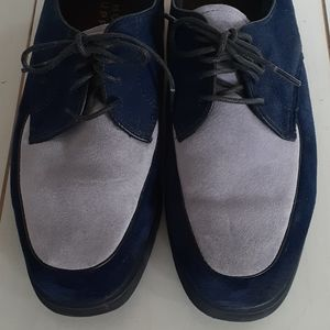 2 tone suede navy & violet Hush Puppies loafers 🌸